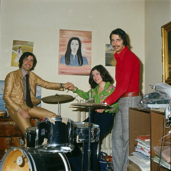 Maurizio De Angelis mit seinem Bruder Guido De Angelis und seiner Schwester Emma